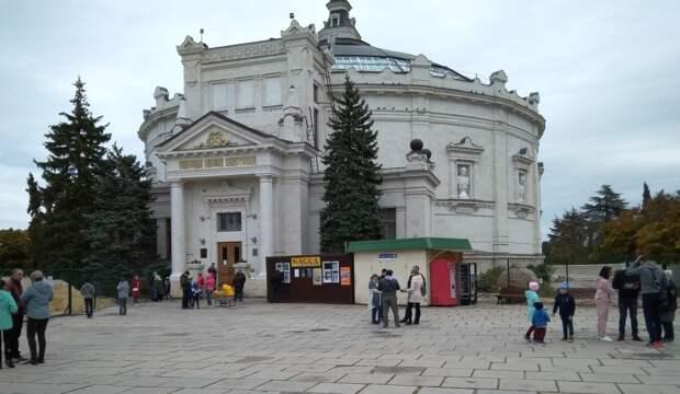 Исторический бульвар в Севастополе реконструировали в уголовное дело