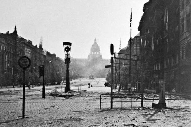 Бои за Прагу: кто освобождал город и как Конев спас его от тотального разрушения
