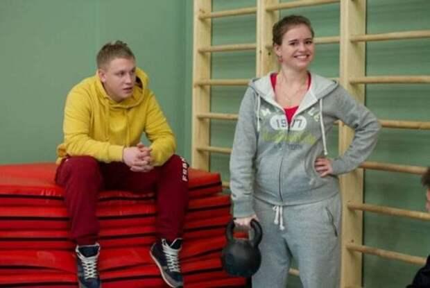 Полина Гренц в сериале *Физрук*, 2014 | Фото: uznayvse.ru