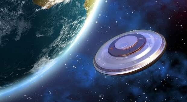 Камеры МКС снова зафиксировали НЛО