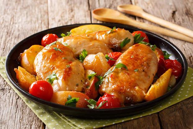 Консервированные персики и ананасы: фруктовые акценты в любимых блюдах