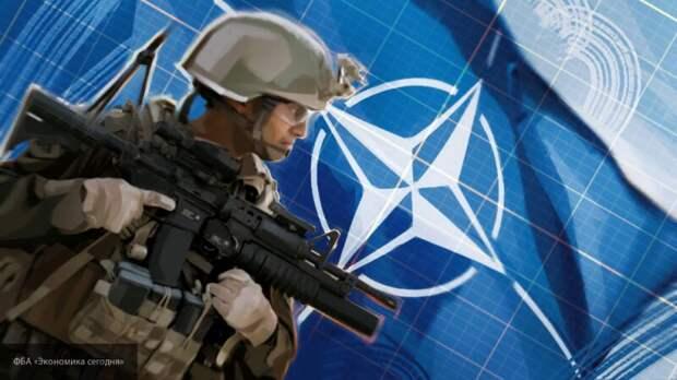 Элиты США готовятся бежать в Евросоюз: зачем НАТО стягивает военных к границам России