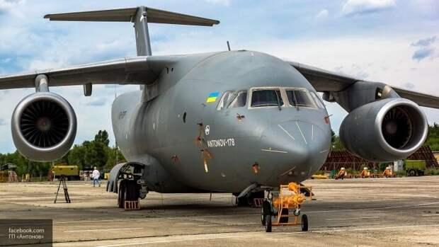 Азаров предрек Украине разрыв контрактов по продаже Ан-178