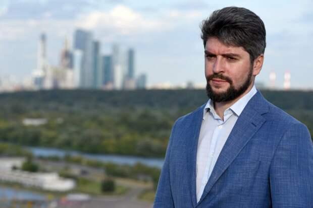 Илья Свиридов хочет сохранить монорельс