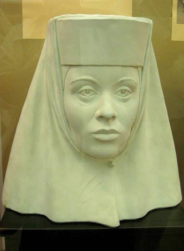 Скульптурная реконструкция образа Ирины Годуновой