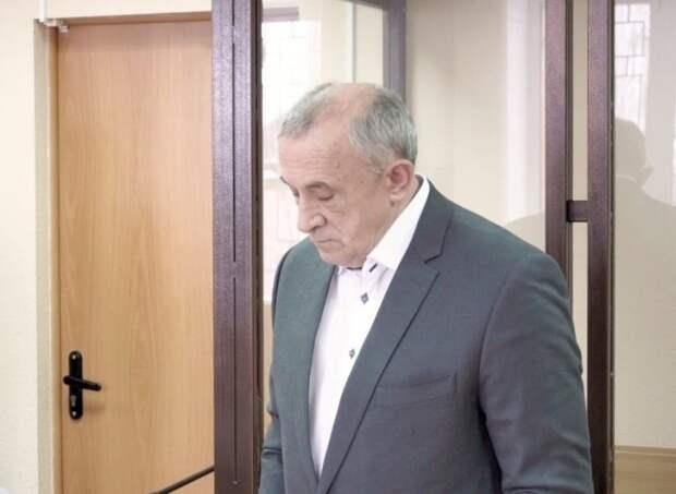 Экс-главе Удмуртии Александру Соловьеву продлили домашний арест
