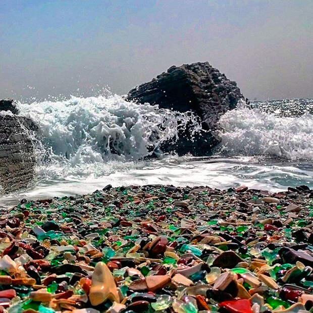 bottle-pebbles-glass-beach8