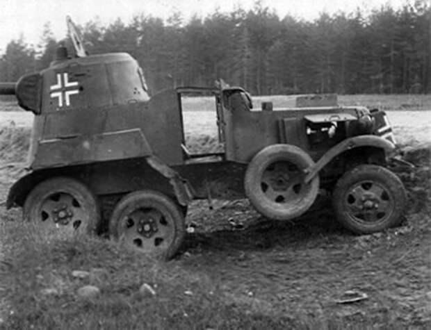БА-10 в плену