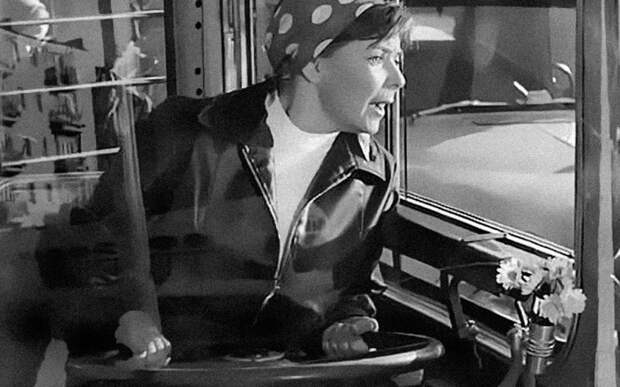 Мужчина и женщина за рулем — кто опаснее? авто, автомобили, водитель, женщина водитель, женщина за рулем, мастерство, мужчины и женщины