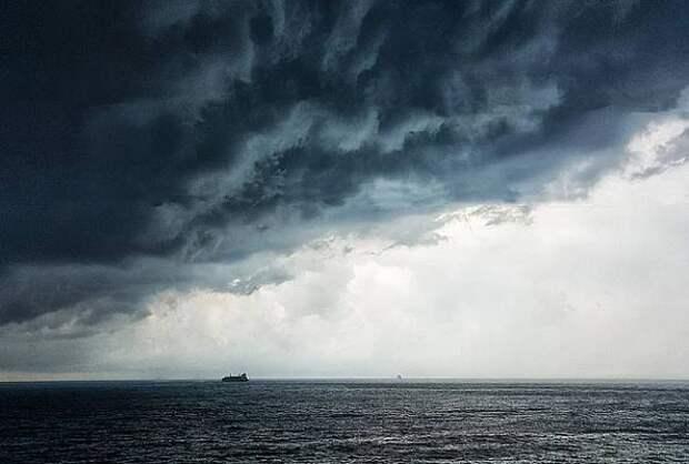 На побережье Черного моря ожидается дождь с грозой