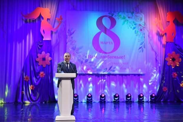 Глава Адыгеи поздравил жительниц республики с Международным женским днём