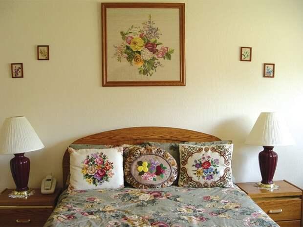 Вышитые изделия больше подойдут для украшения дачи. / Фото: handmadeidea.com.ua