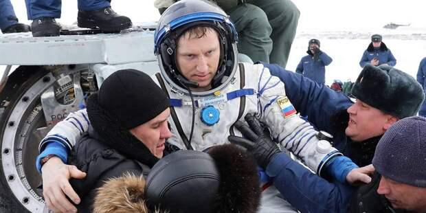 Будни наМКС: Олег Новицкий иВалерий Токарев ожизни иработе вкосмосе