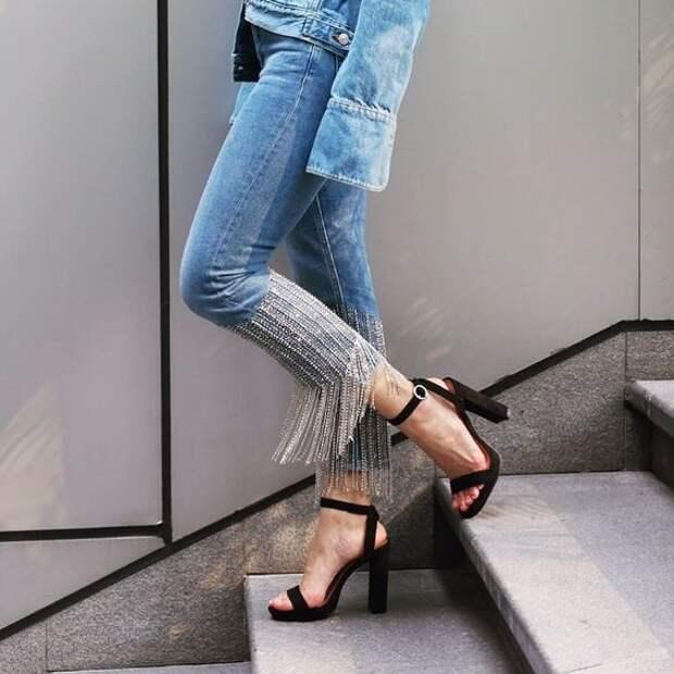 Модная трансформация: превращение старых джинсов в трендовые модели
