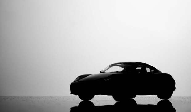 Правительство Свердловской области закупит 15 автомобилей почти на40 миллионов