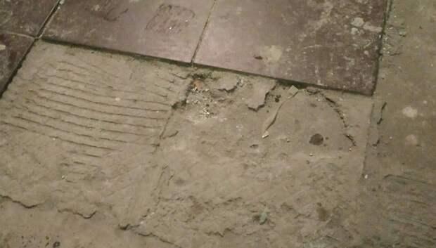 Подольчанка пожаловалась на некачественный капремонт в доме на улице Филиппова