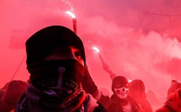 Украинский нацизм захватывает русские города