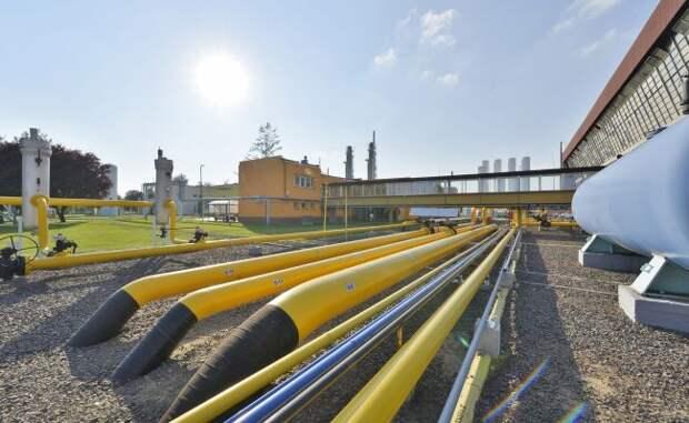 Вответ назапрос Польши снизить цену газа «Газпром» захотел повысить ее