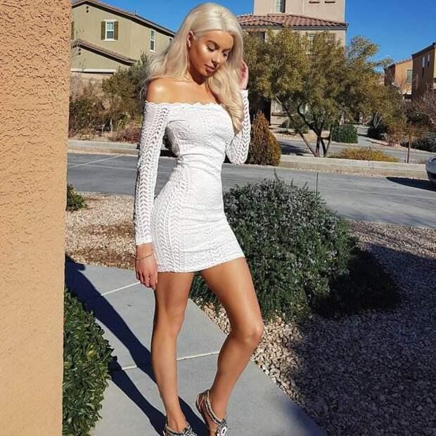 Ослепительная блондинка Kasey Hill