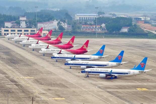 Международная ассоциация воздушного транспорта (IATA) спрогнозировала падение выручки авиакомпаний на 55%
