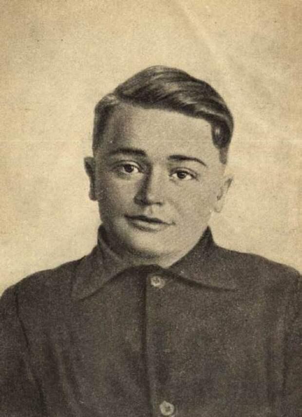 Портрет Олега Кошевого