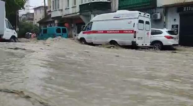 В Ялте из-за наводнения погиб 26-летний местный житель