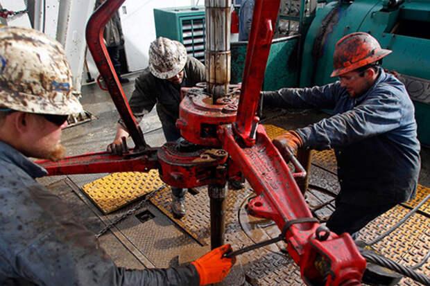 В США продолжает, хоть и медленно, расти добыча сланцевой нефти