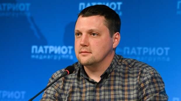 Член Общественной палаты Малков назвал условия для ограничений против НКО