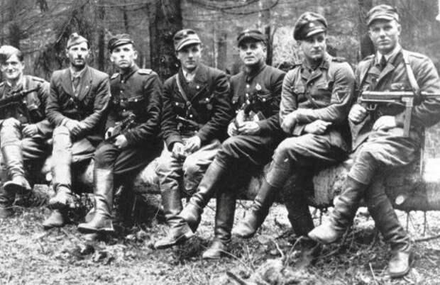 Почему бандеровцы после поражения Гитлера бежали в Канаду