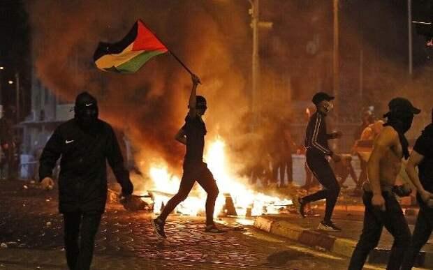 ХАМАС оповергло информацию СМИ оготовновсти пойти напрекращение огня