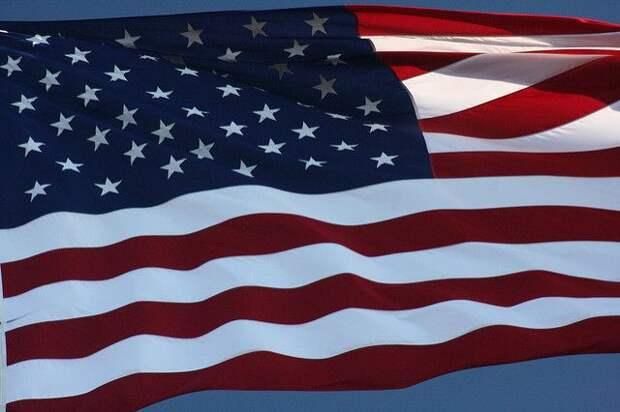 СМИ: в США обсуждают нарушение патентов на препараты от COVID-19