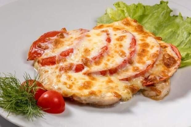 Свинина по-итальянски с сыром и томатами. Простое в приготовлении блюдо с изысканным вкусом 4