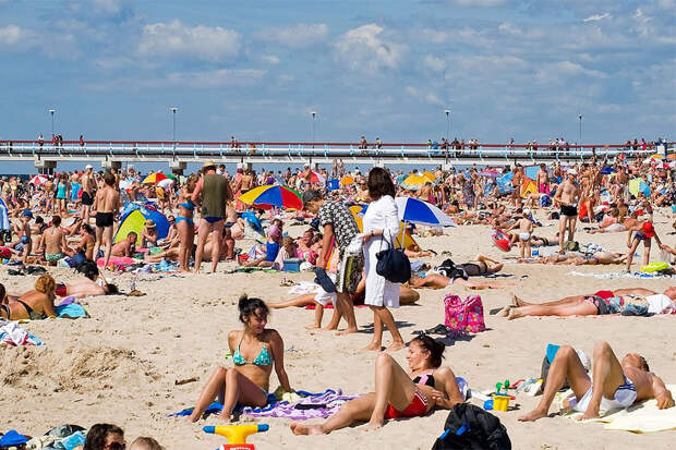 В Литве проведут вакцинацию против COVID-19 на пляжах