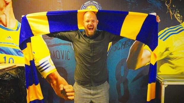 Шведская федерация футбола заставила извиниться пресс-атташе сборной за фотографию с пивом в руке