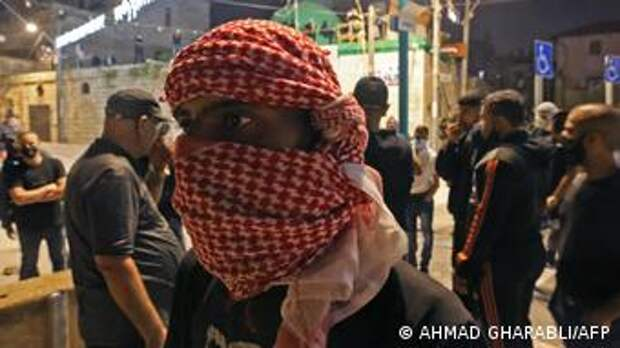Палестинец во время столкновений в Лоде, 13 мая