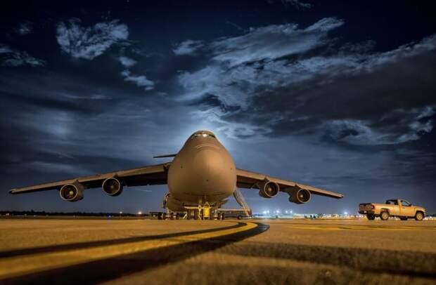 Самолет, летевший в Челябинск, сел в Шереметьево из-за датчика неисправности