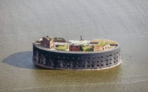 Форт Александра I, одна из крепостей в Кронштадте, Санкт-Петербург, Godot13 заброшенные здания, маяк, просторы, россия, церкви