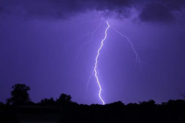 В Башкирии удар молнии убил женщину