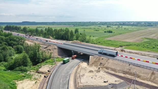 Движение автомобилей на трассе «Кола» в Ленобласти будет ограничено на месяц