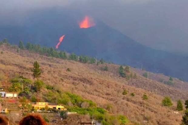 На острове Пальма произошло мощное землетрясение с начала извержения вулкана
