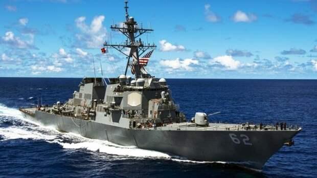 Политолог Иванов назвал бессмысленным визит эсминца ВМС США в Черное море