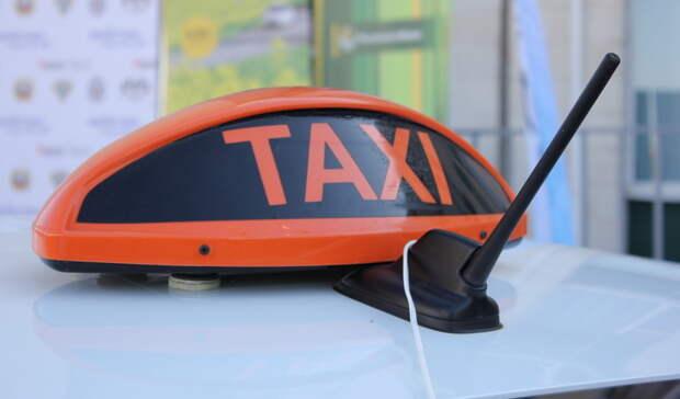 Почти додраки: таксист устроил безумный скандал из-за пятен всалоне