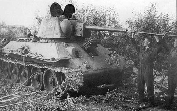 За что советские танкисты ругали свой танк Т-34