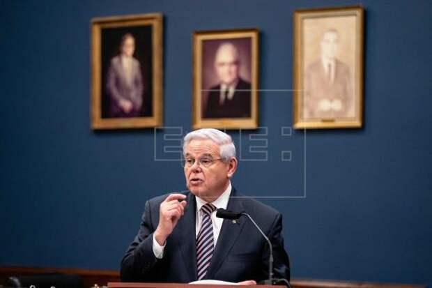 CUBA - Senador dice que sanciones de Biden son advertencia contra abusos en Cuba