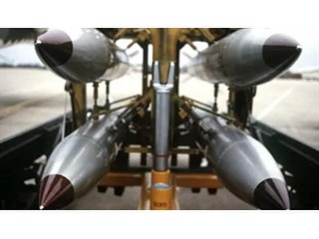"""""""Ближе некуда"""": в какую страну США хотят перевезти свой ядерный арсенал"""