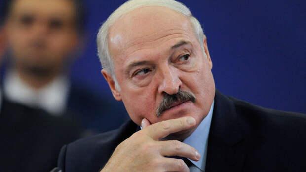 Лукашенко принял верительные грамоты нового посла России в Белоруссии Лукьянова