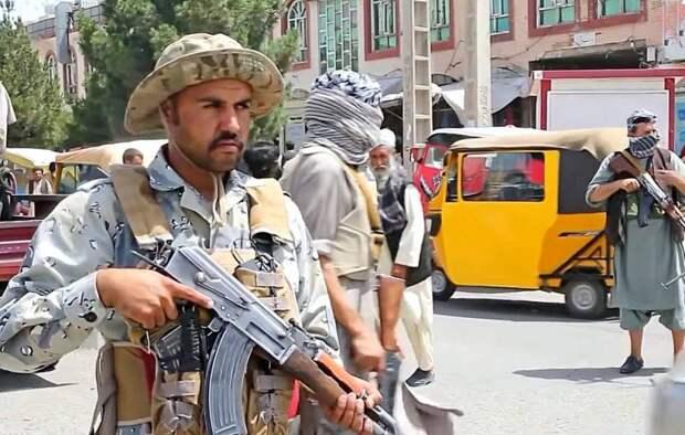 «Их интересует три страны»: эксперт рассказал о планах талибов после взятия Кабула