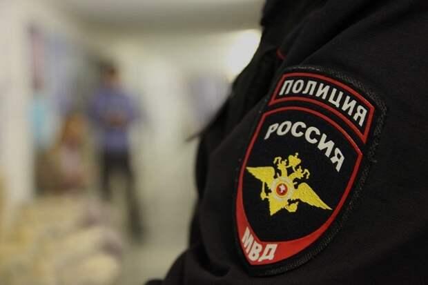 Аксенов признал нехватку сил для контроля над приезжающими в Крым