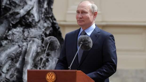 Путин развеял слухи о передаче Ирану спутниковой технологии