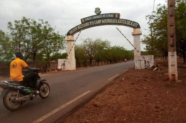 МИД РФ призвал урегулировать ситуацию в Мали мирным путем